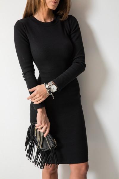 Kobieca Dopasowana Sukienka Midi Czarna