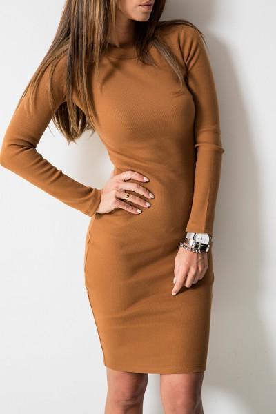 Kobieca Dopasowana Sukienka Midi Camel