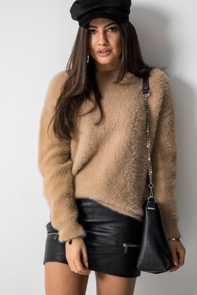 M900 Sweter z Włosem Camel